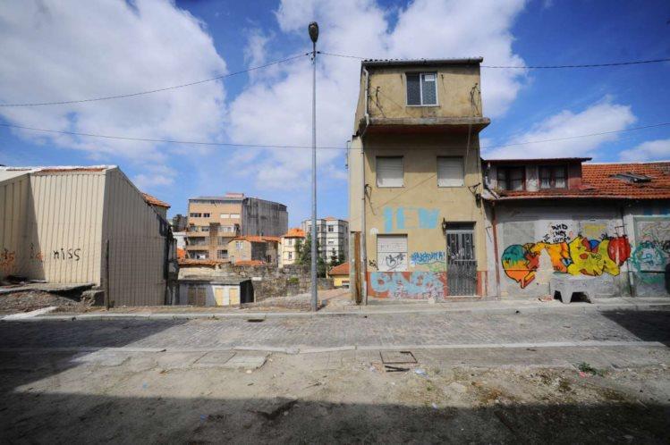 Bairro do Leal, no Porto, fotografado pelo Público.