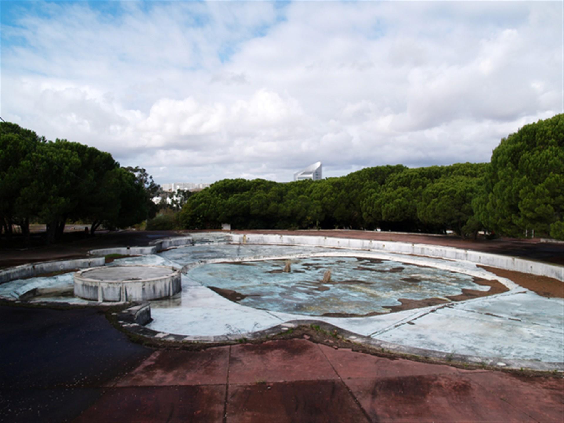 Aquaparque encerrou em 1993 (Foto: Diário de Notícias).