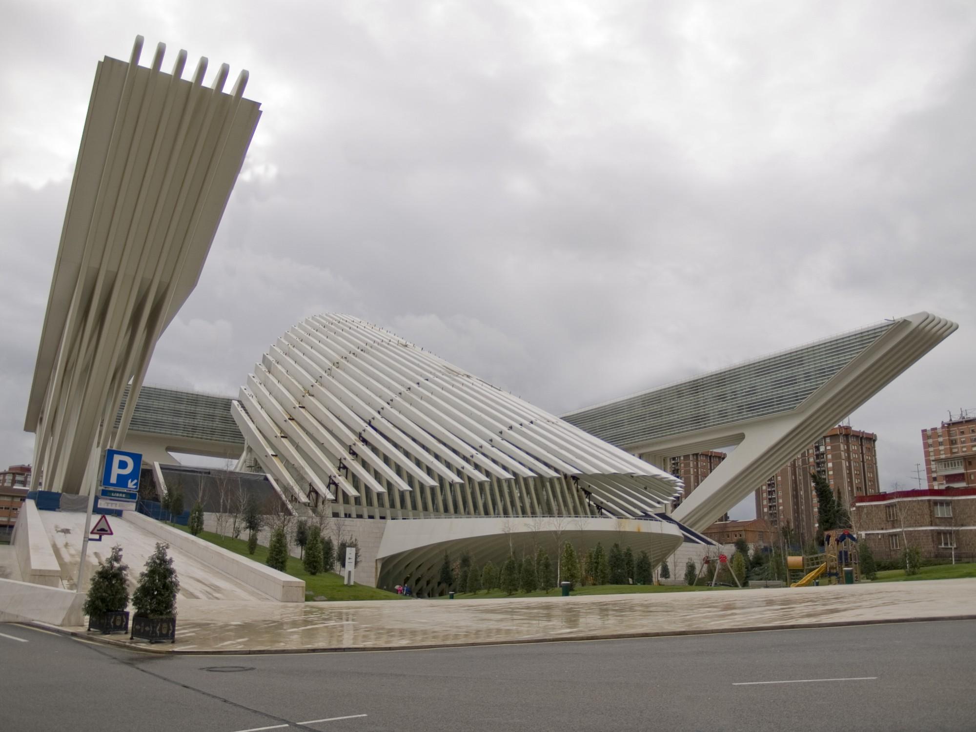 Em causa estão falhas na construção do Palácio de Congressos de Oviedo, nas Astúrias.