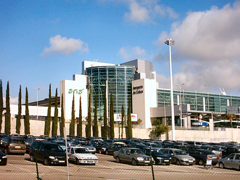 Terrenos do Aeroporto de Lisboa renderam metade do encaixe