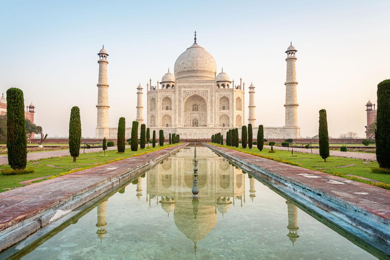 Imagens de 15 dos monumentos mais