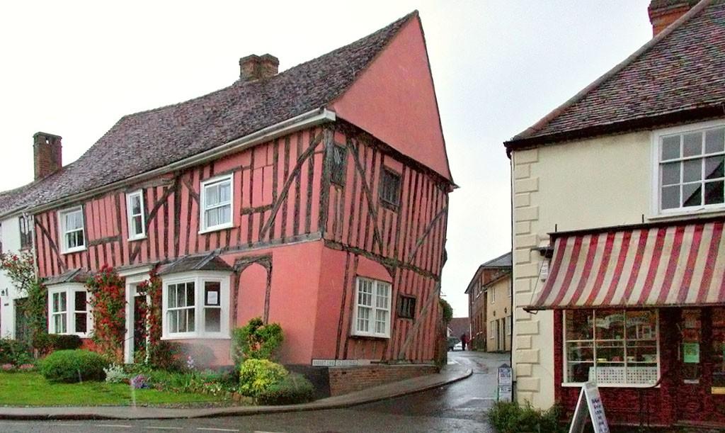 """Lavenham, a localidade das """"casas tortas"""""""