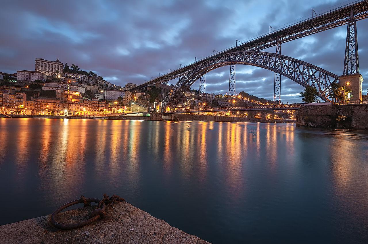 Ponte de D. Luís, no Porto.