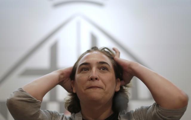 Ada Colau, presidente da câmara municipal de Barcelona, tem como prioridade a defesa dos inquilinos e do direito à habitação.
