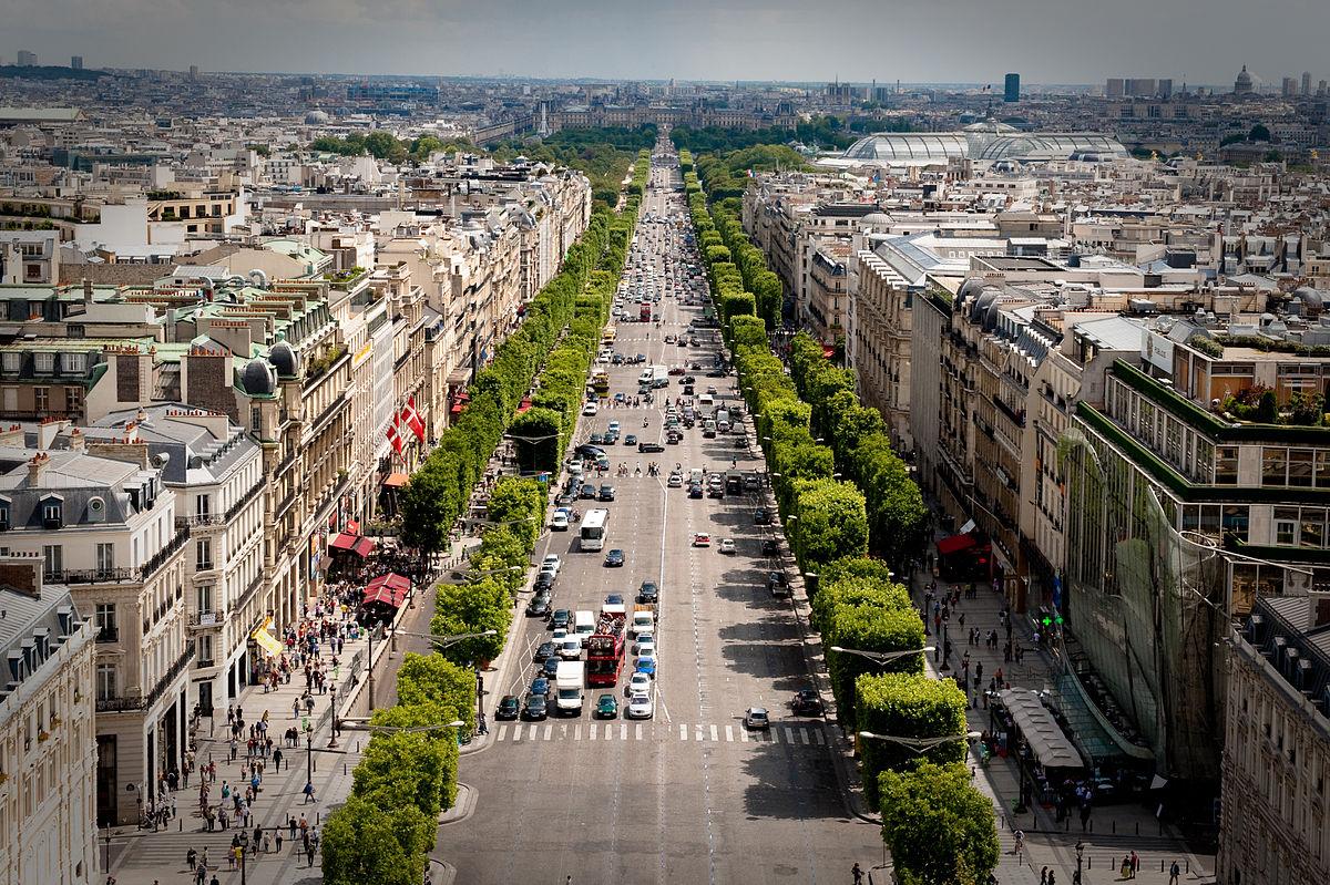 Campos Elíseos, Paris (França)