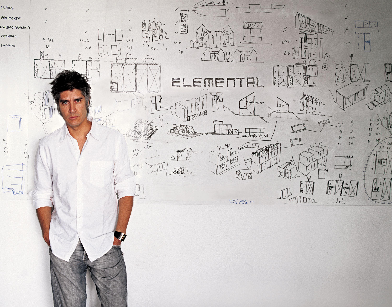 Alejandro Aravena, vencedor do prémio Pritzker 2016. / Gtres