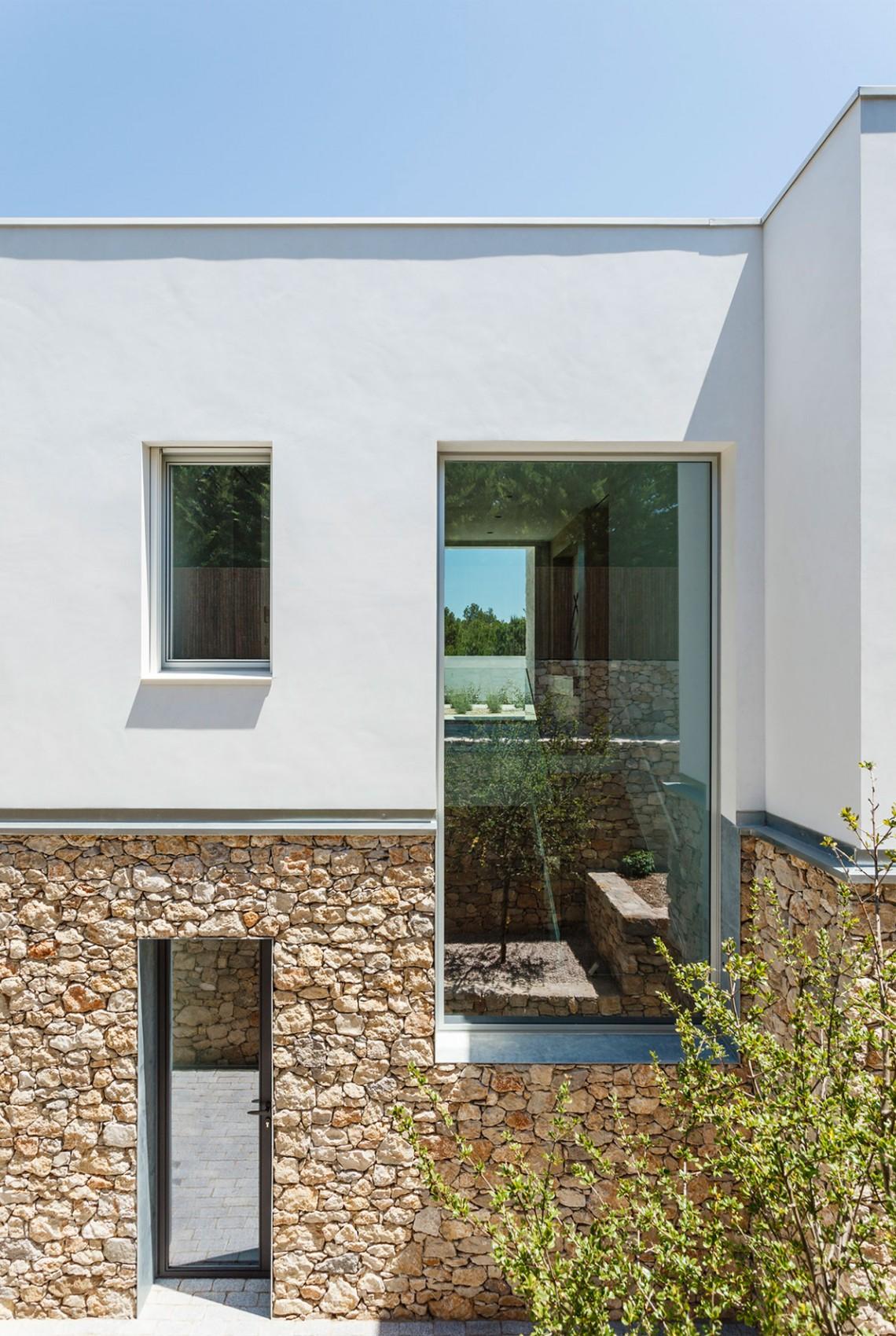 Casas de sonho mans o de design a 50 metros da praia e for Casas modernas idealista