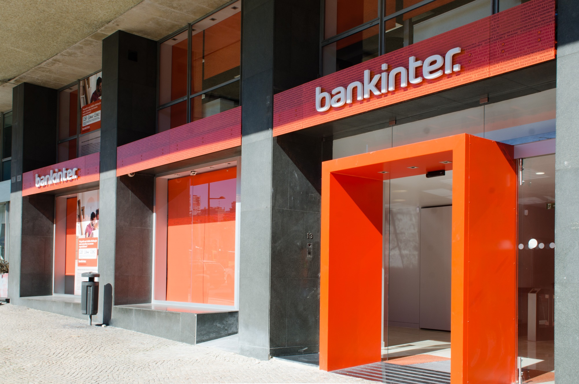 Bankinter ocupa antigo edif cio da edp no marqu s de for Oficinas bankinter