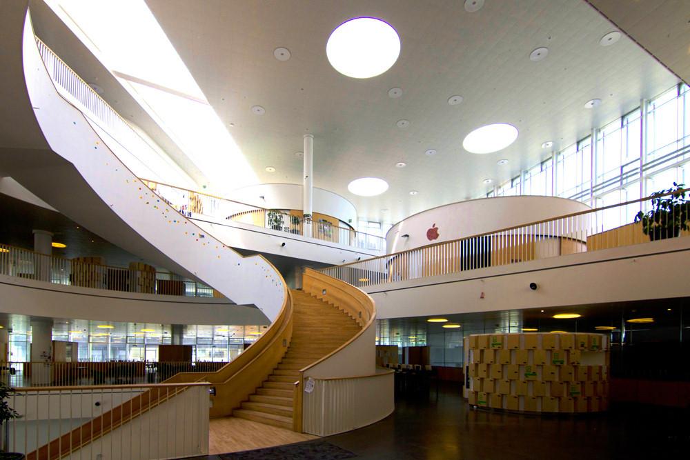 Ørestad Gymnasium/3XN, em Copenhaga (Dinamarca)