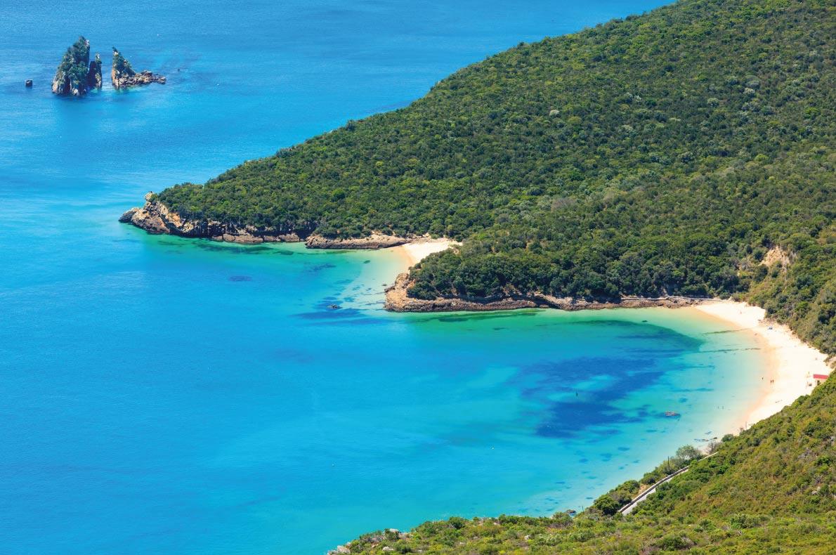Praia de Galapinhos, na Arrábida, Setúbal. / European Best Destinations