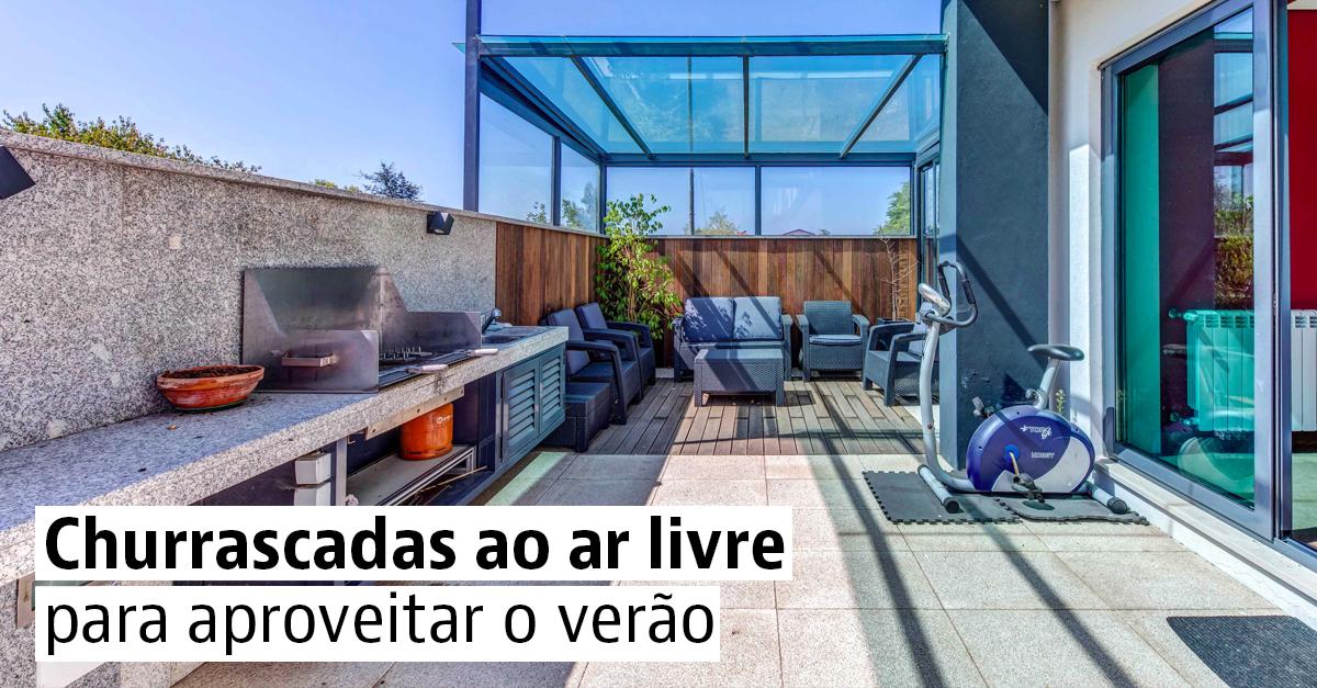 Casas à venda com terraço e churrasqueira