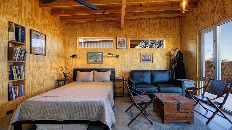 8 – Bestie Row, Texas, EUA