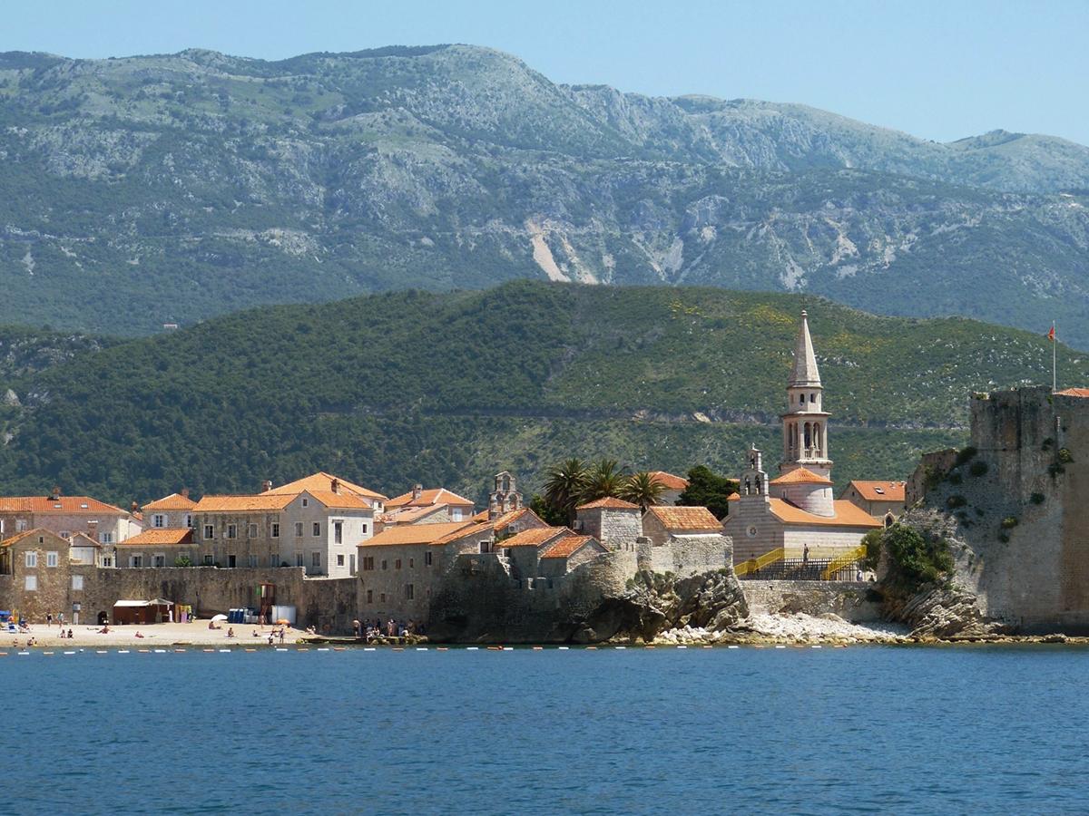 6 - Montenegro