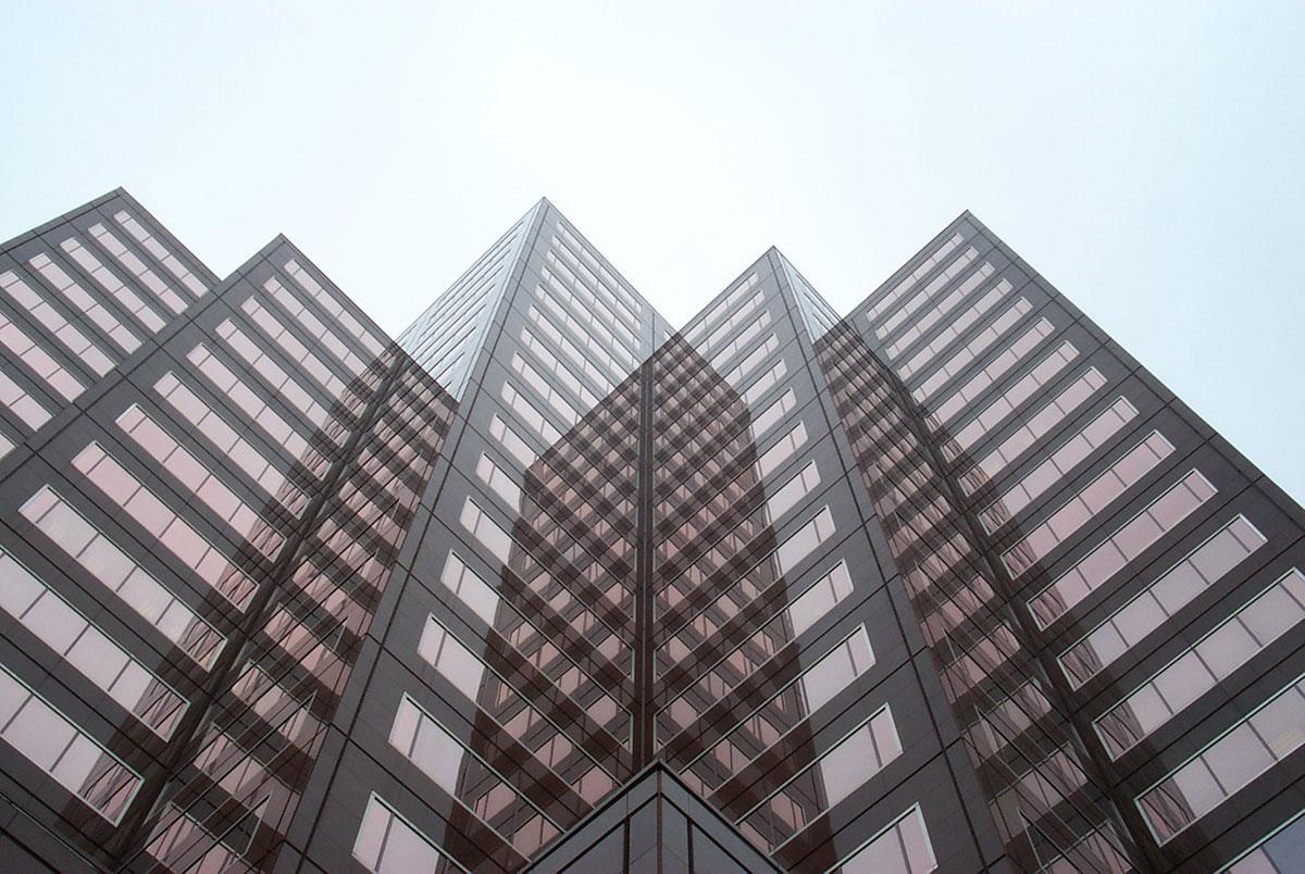 1 – Espelhos que multiplicam edifícios, Connecticut (EUA)