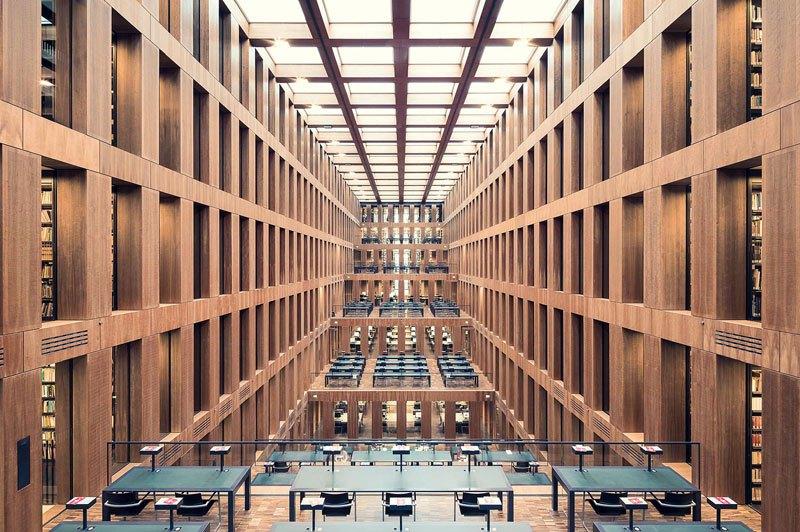 Biblioteca Jacob and Wilhelm Grimm Centre, em Berlim, de 2009 / Thibaud Poirier