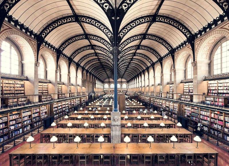 Biblioteca de Santa Genoveva, em Paris, de 1850 / Thibaud Poirier