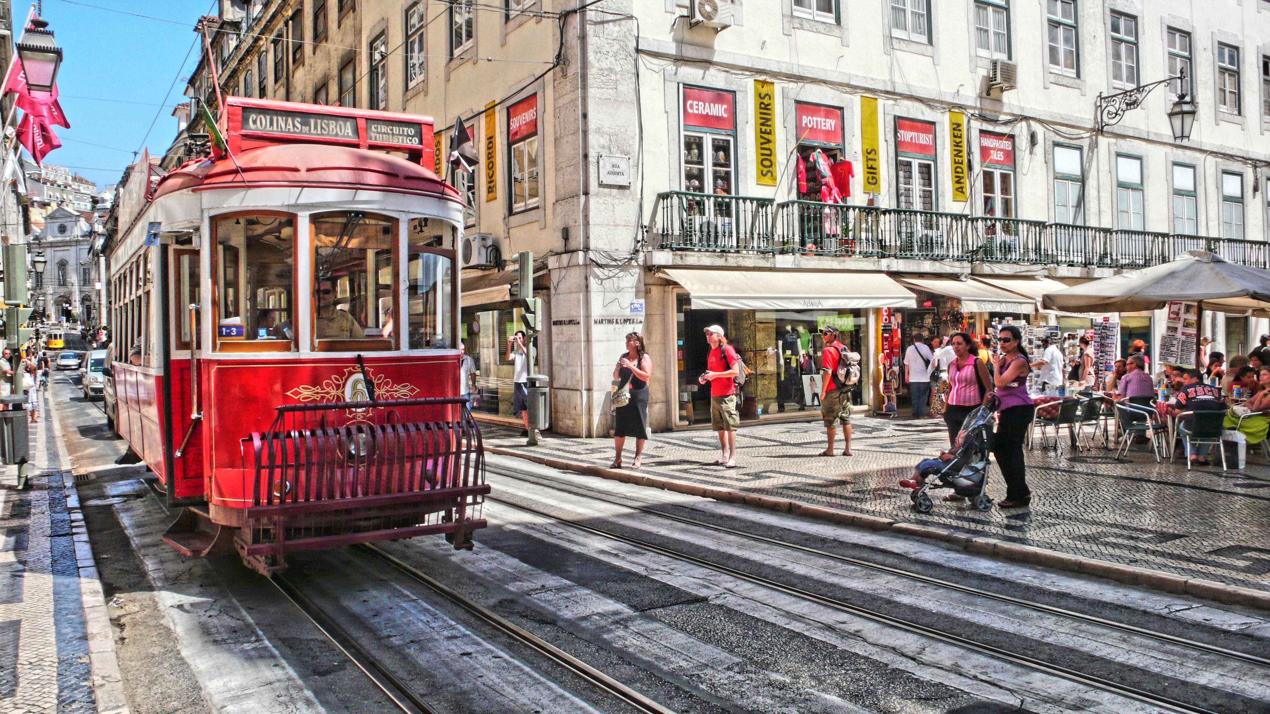 1. Lisboa