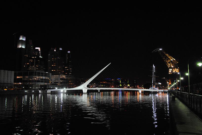 A Ponte da Mulher, de Santiago Calatrava. Buenos Aires (Argentina)