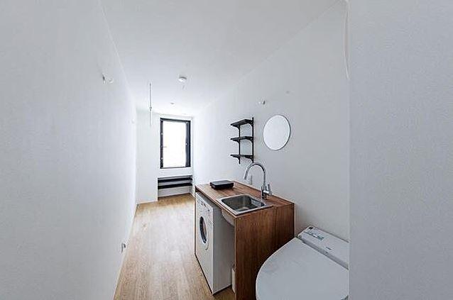 O verdadeiro dois em um: casa de banho e cozinha num só espaço