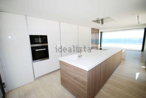 A moderna cozinha...