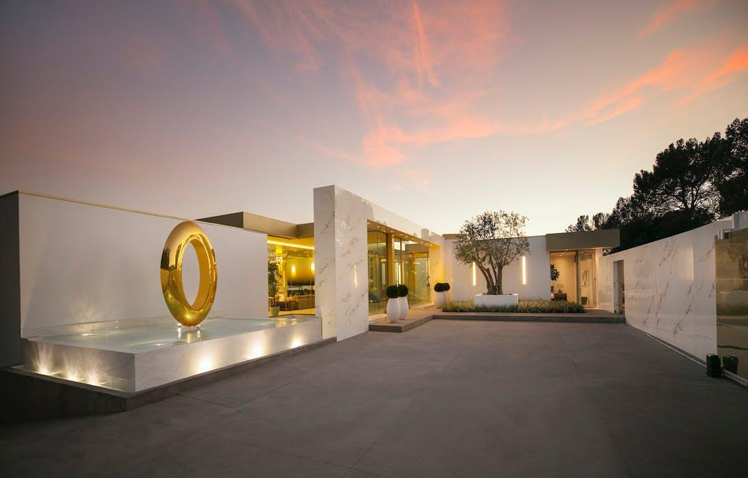 A casa Opus Beverly Hills, à venda por mais de 80 milhões / Opus Beverly Hills