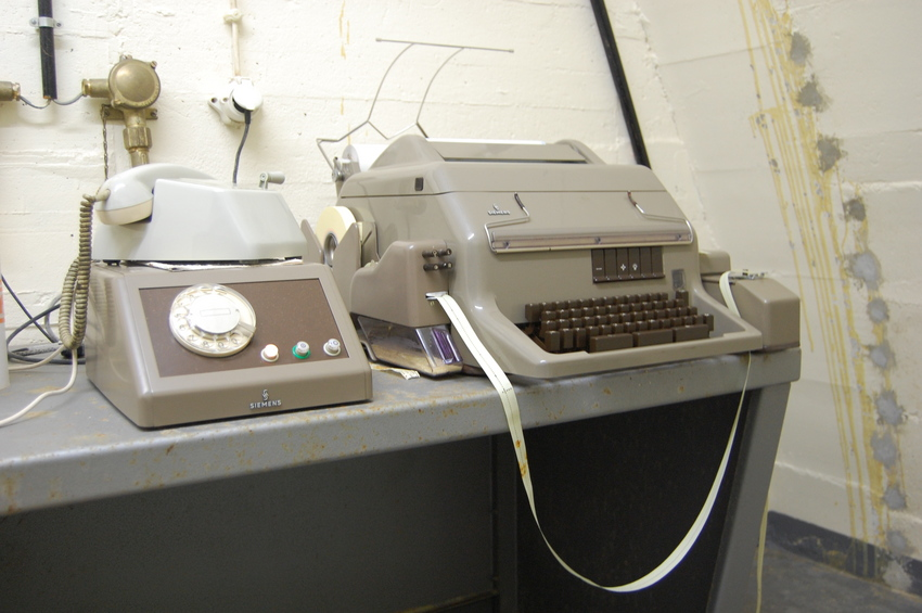 Telefone e Fax para contactar o exterior