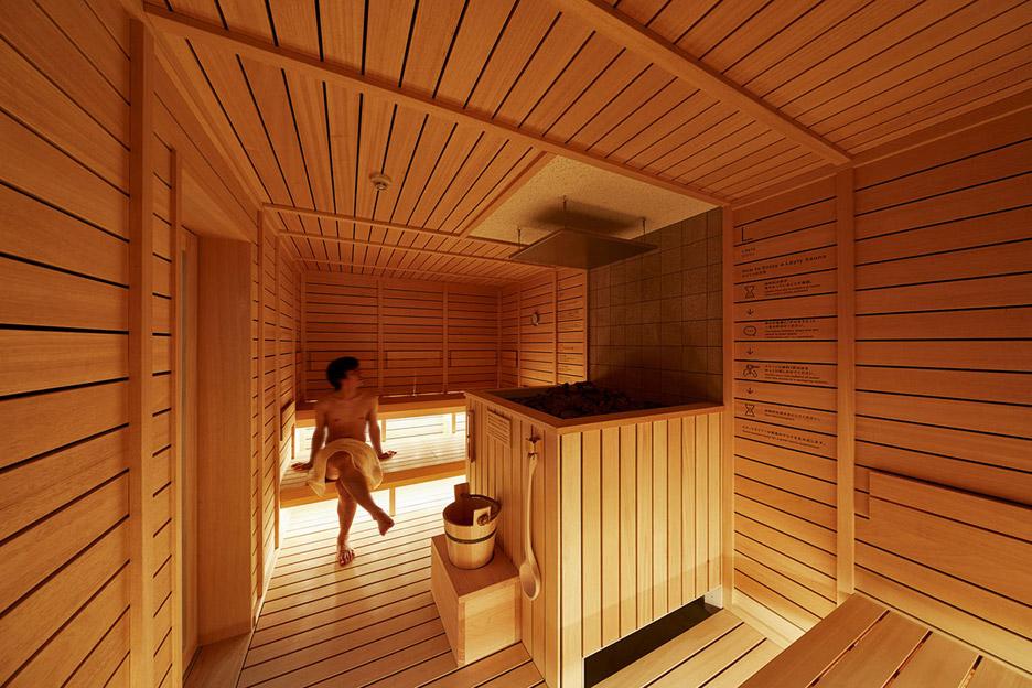 ... outra vez a sauna