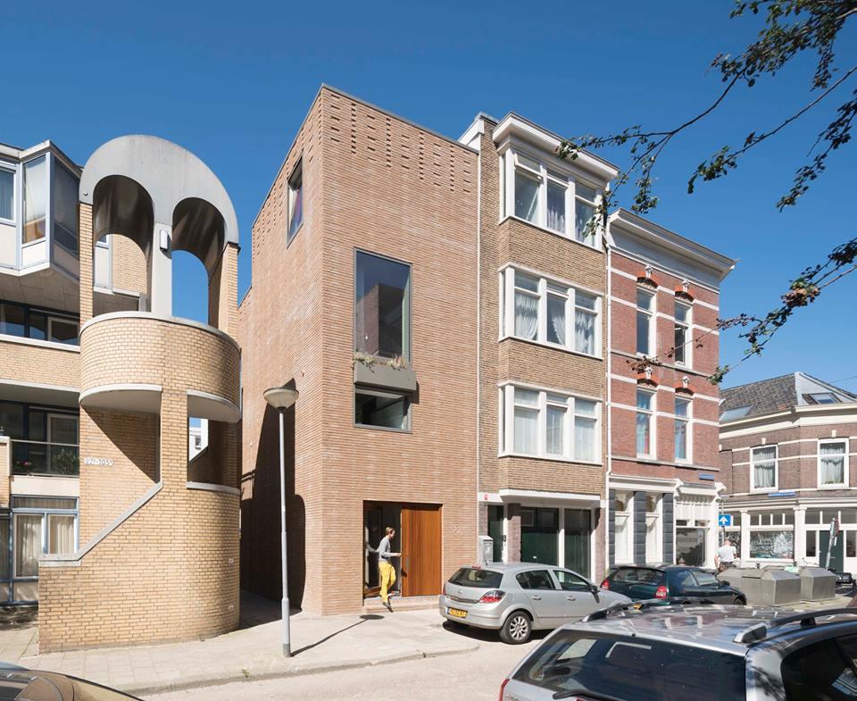 Casas feitas com sobras de outras casas