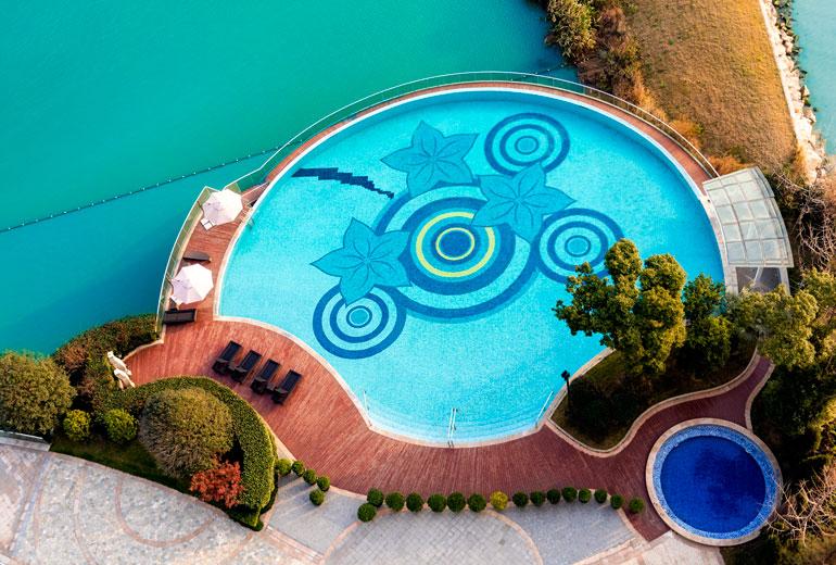 ... e a piscina também