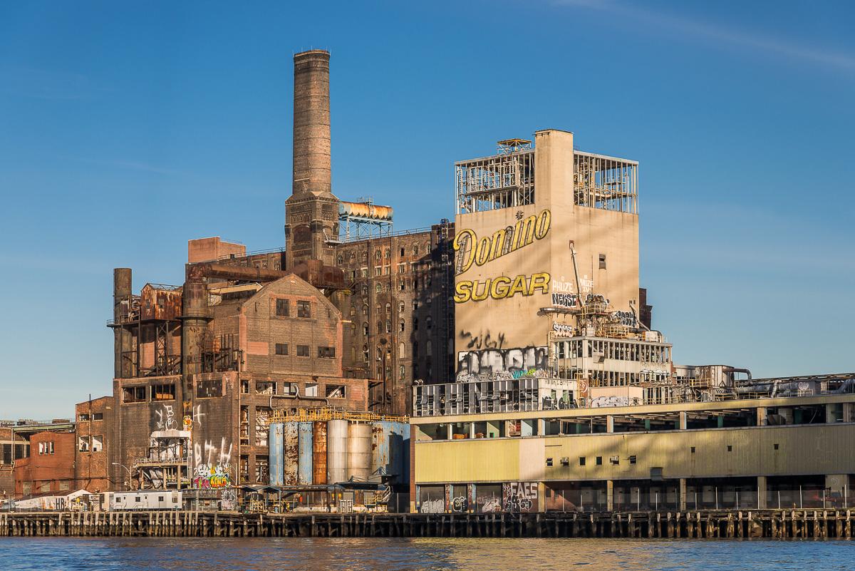 A antiga refinaria de açúcar, em Brooklyn