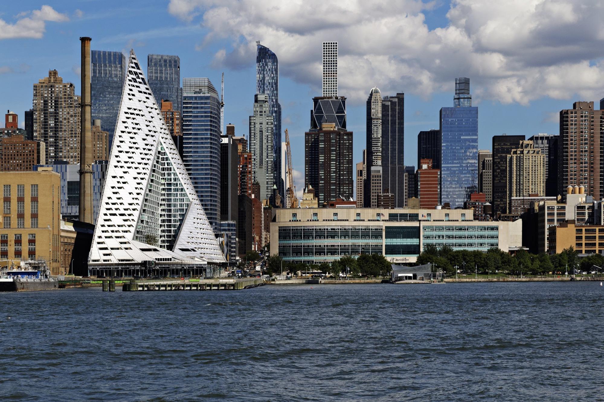 O VIA 57 West mudou os céus de Nova-Iorque...