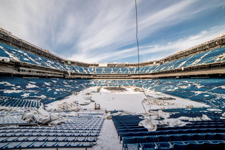 Um estádio ao abandono