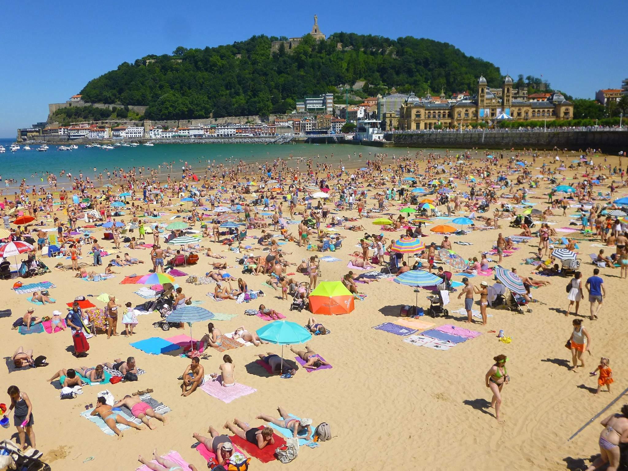 6- La Concha Beach, Espanha