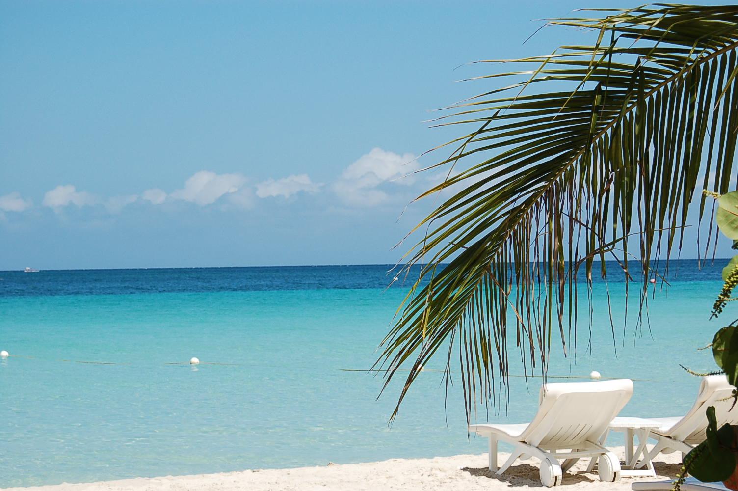 8- Seven Mile Beach, Jamaica