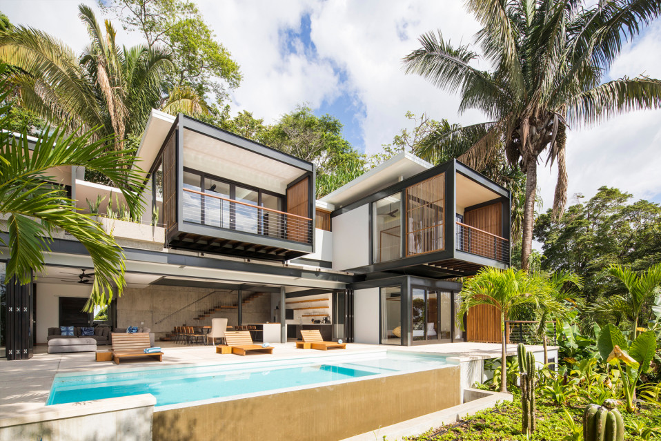 Localizada na praia de Santa Teresa, Costa Rica / Joya Villas