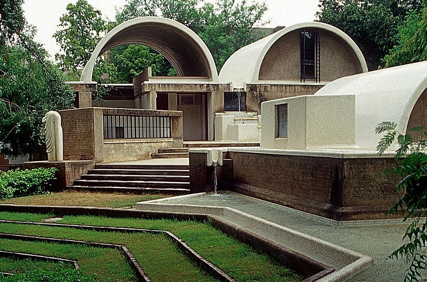 Sangath, o estúdio de arquitetura de Doshi