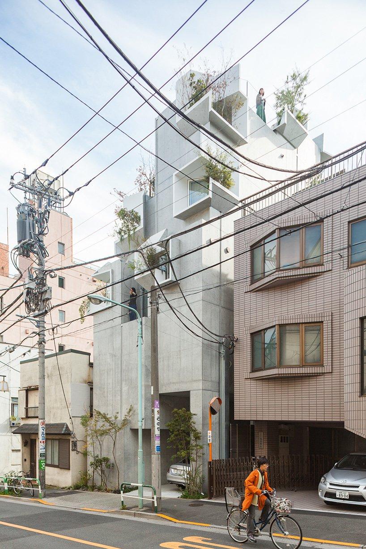 Está localizado em Tóquio