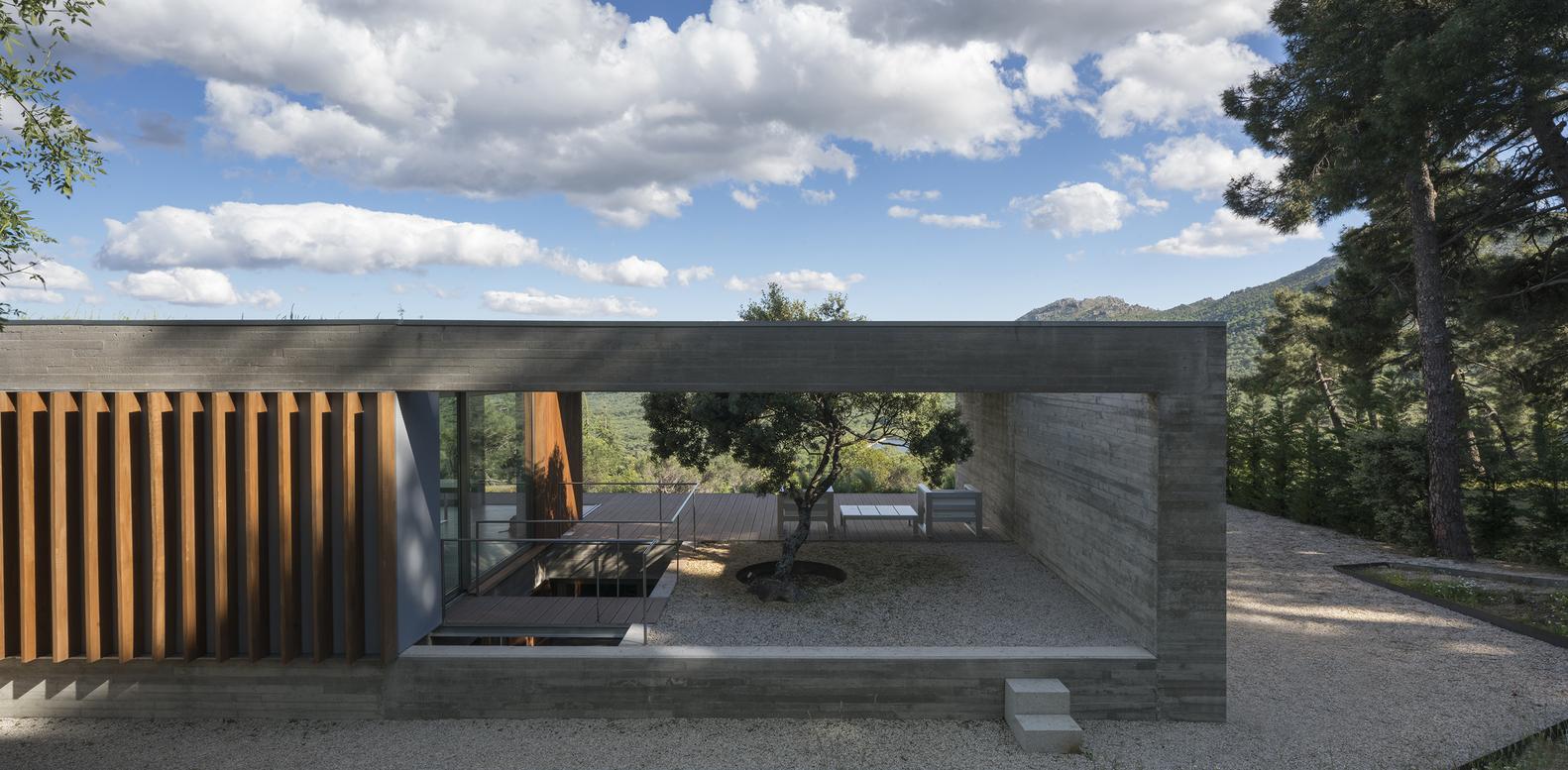 A casa vista do exterior
