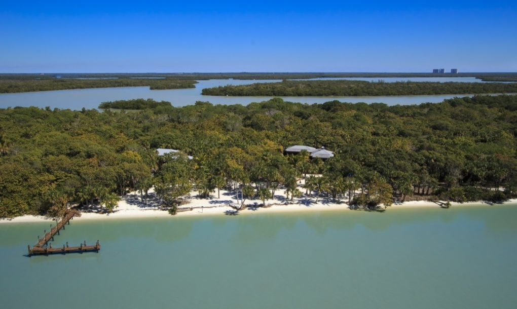 A ilha está à venda por menos de um milhão de euros