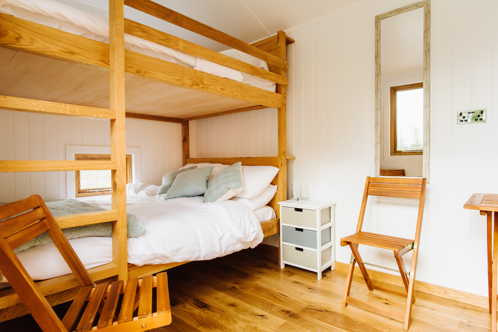 ... onde podem dormir até seis pessoasd