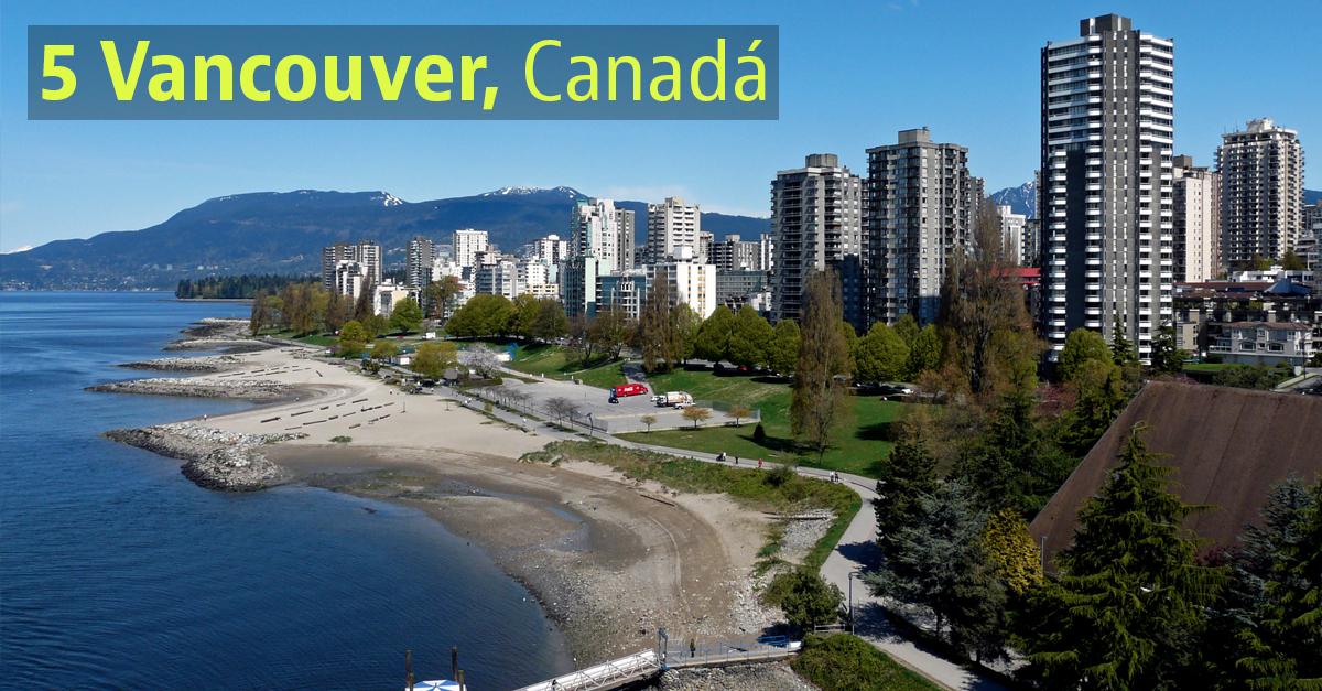 É uma das cidades mais densas e etnicamente diversificadas do país