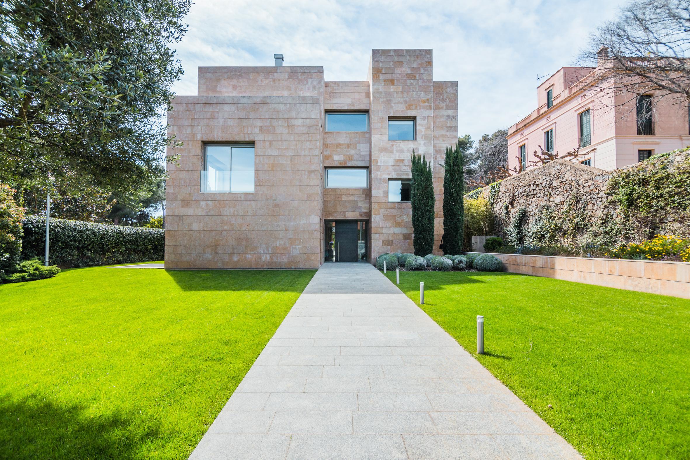 Uma Das Casas Mais Incriveis De Barcelona Esta A Venda Por 10 Milhoes De Euros Idealista News