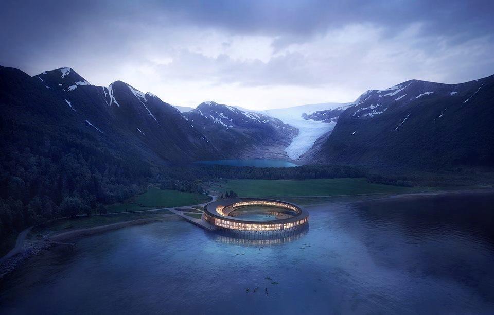 Um hotel na Noruega (ou uma nave de extraterrestres) /  Svart Facebook