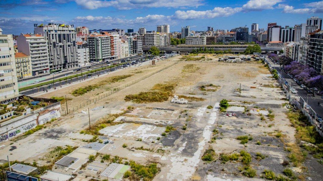 Vista panorâmica dos terrenos onde se encontrava a Feira Popular de Lisboa / Dinheiro Vivo