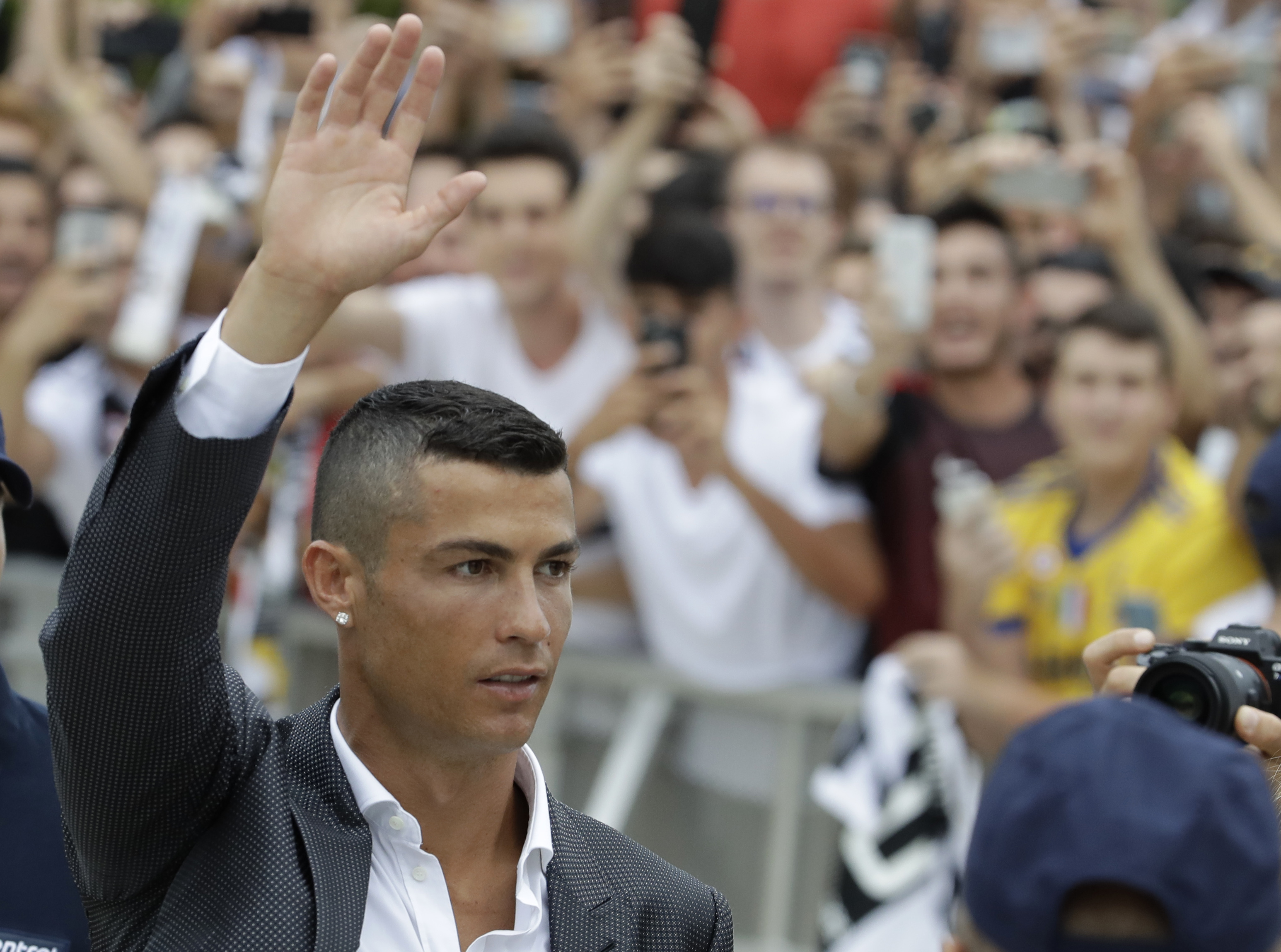 Ronaldo já está instalado em Turim, onde vai representar a Juventus, depois de quase uma década no Real Madrid. / Gtres