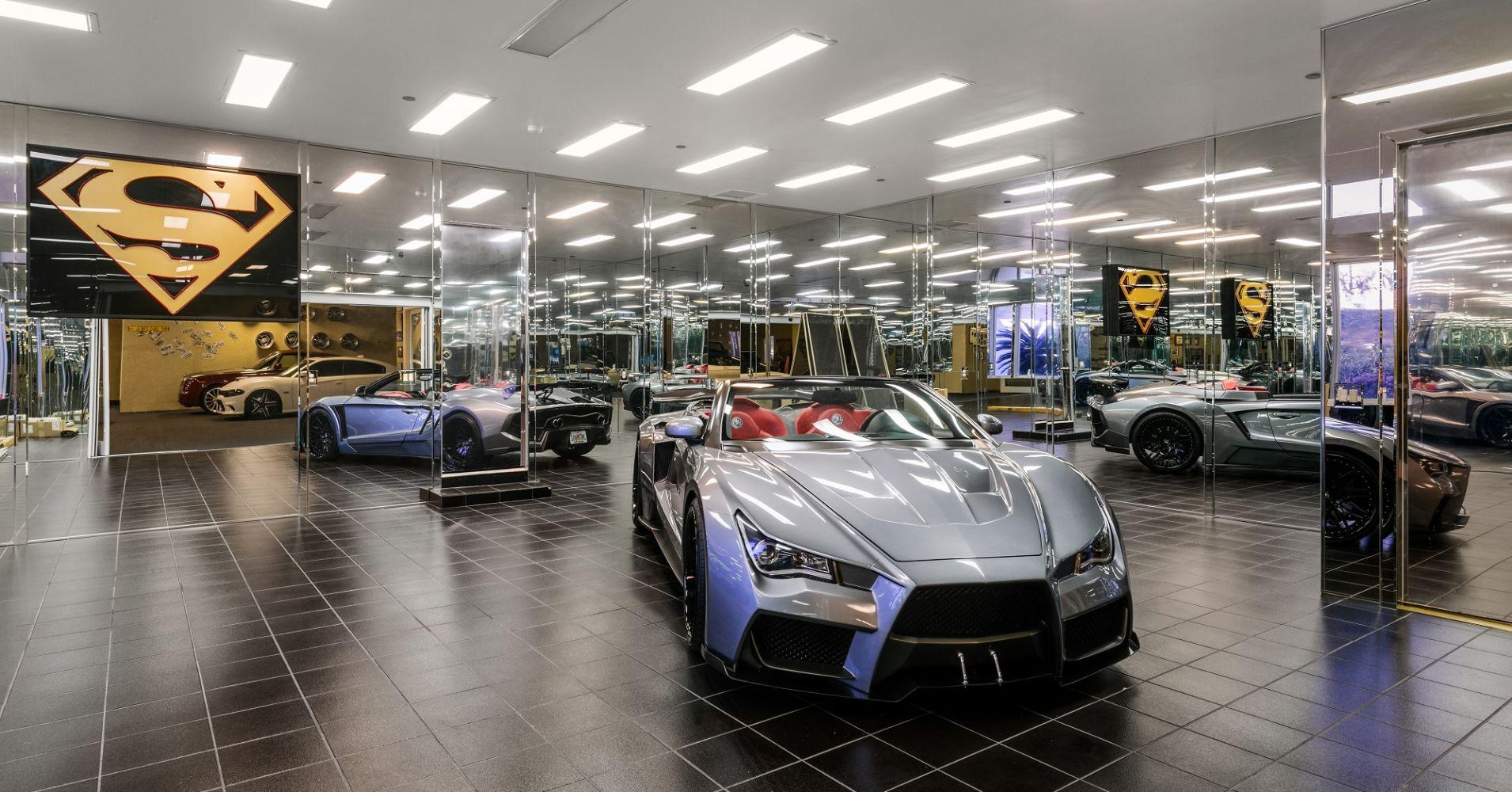 ... E uma garagem muito especial