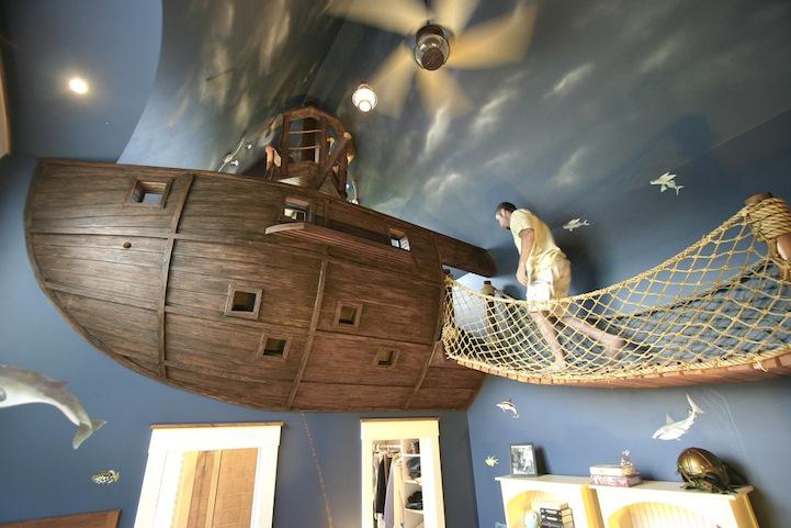 Um barco de piratas no quarto / My Modern Met