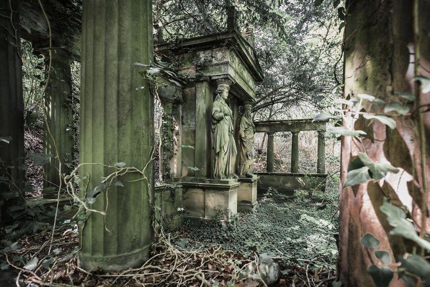 Túmulo abandonado na Alemanha