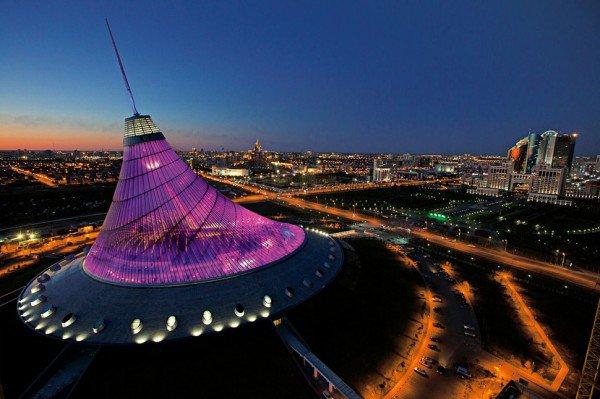 Khan Shatyr Entertainement Center, Cazaquistão