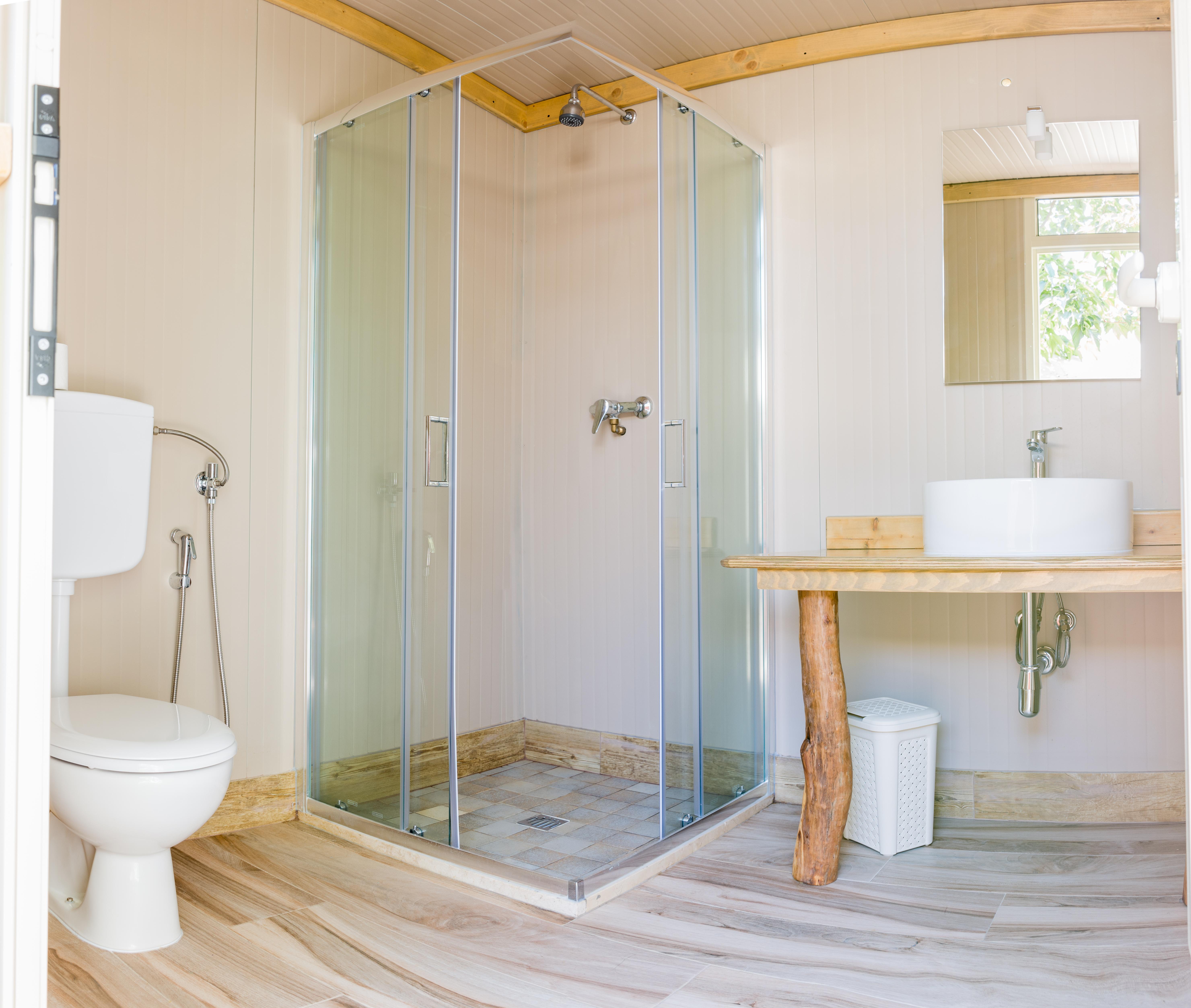 As magníficas casas de banho / Andrea Coppola